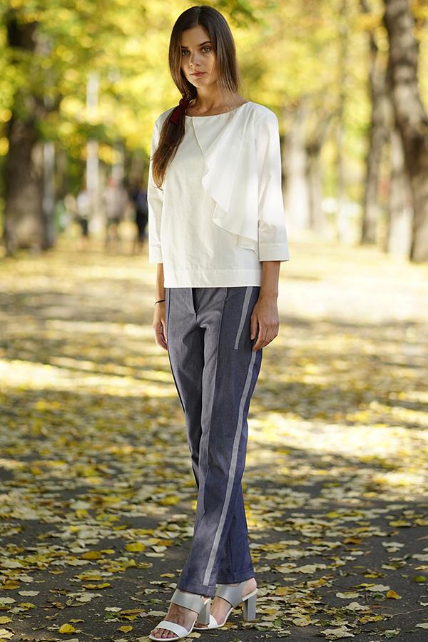 pantalon-pana-cu-aplicatii-courage-cover-6×9