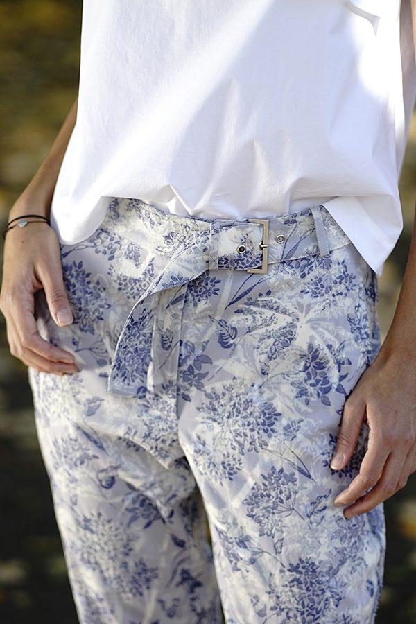 Pantalon din brocard cu vipuşcă BLOOMing